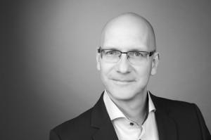 Jörg Peter Urbach Kommunikationsexperte und Journalist